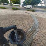 Dorfplatz Wasserspiel in Ippesheim